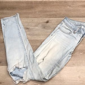 American Eagle Outfitter Distressed Jeggings